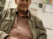 English: Marvin Minsky was visiting the OLPC offices and picked up a Firefox wrist band.