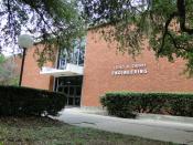 English: Entrance to the Loyd. B. Cherry Engineering building at Lamar University