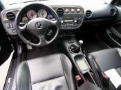 English: Canadian 2004 RSX Type-S Interior. Polski: Ciemne wnętrze Acury RSX. Русский: Интерьер Acura RSX.