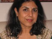 English: A photograph of Indian-American novelist Chitra Banerjee Divakaruni