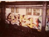 English: graffiti, bus129 by dondi panelpiece on a new york city subway car, 1984 Deutsch: Graffiti, Bus129 Panelpiece von Dondi auf einer New Yorker U-Bahn, 1984