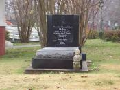 English: Memorial in front of Alex Haley's boyhood home in Henning, TN (Dec. 2007). The marker reads: Alexander Murray Palmer Haley Author of Pulitzer Prize winning Novel