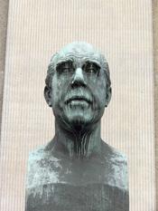 Niels Bohr.
