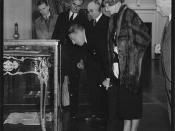 Count Felix Graf and Countess Ingeborg von Luckner looking at a display case at Old Parliament House in Canberra