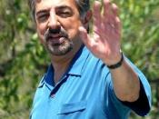 Joe Mantegna at a National Memorial Day parade