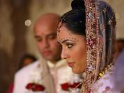 English: A Hindu bride during traditional wedding ceremony