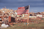 English: Oklahoma, May 4, 1999 -- The tornado wrought incredible devastation to homes, businesses and personal property. Thirty eight people were killed in Oklahoma and over 1,500 houses were destroyed. Photo by Andrea Booher/ FEMA News Photo