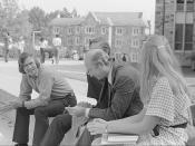 Biology Professors Bobby Jones and Julian Darlington