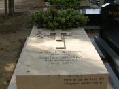 Ionesco's grave in Montparnasse cemetery, Paris. The inscription translates: Pray to the I don't-know-who: Jesus Christ, I hope
