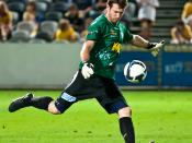 English: Jess Vanstrattan playing for Gold Coast United against the Central Coast Mariners in the 2009-10 A-League.