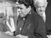 English: Maya Angelou reciting her poem,