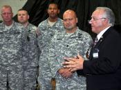 Cumming Mayor speaks to Soldiers