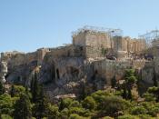 Deutsch: Nordwestseite der Akropolis in Athen