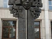Monument of John Atanasoff in Sofia, Bulgaria] Sculpturer: Valko Tsenov Русский: Памятник Джону Атанасову перед Телефонной палатой, София, Болгария, скульптор Велко Ценов