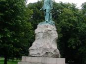 English: Oliver Cromwell. This picture is of the statue of Oliver Cromwell opposite Wythenshawe Hall at SJ816898.