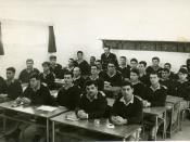 Israeli policemen in theoretical training