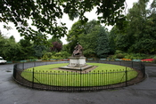 The memorial of William Thomson, 1st Baron Kelvin, University of Glasgow