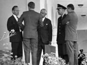 English: ST-A26-13-62 29 October 1962 President Kennedy and advisors confer after EXCOMM Meeting of 29 October, 1962. L-R: Special Assistant McGeorge Bundy, President Kennedy, Assistant Secretary of Defense Paul Nitze, Chairman of the Joint Chiefs of Staf