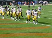 English: Various offensive line players for the Pittsburgh Steelers during 2002 season