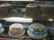 Dong Phuong Restaurant & Bakery, Eastern New Orleans, Display of cakes.