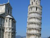English: Leaning Tower of Pisa, Italy. The lean of this tower has been tried to fix several times. The most recent time I believe was in 2001 when they tried to drill into the ground and pour cement underneath the sandy surface. Français : Tour de Pise, à