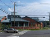 English: Image of front of the Tunxis Community College