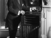 English: Enrico Caruso with a