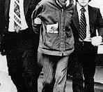Deutsch: Timothy Leary bei seiner Verhaftung durch die DEA 1972