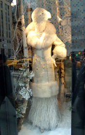 English: Bergdorf Goodman's Fifth Avenue, New York City window display, featuring Badgley Mischka. The Louis Vuitton store across the street appears in the reflection.