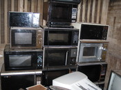 English: wall of microwaves