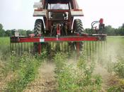 A mechanical weed control device: the diagonal weeder