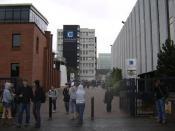 English: Main entrance to Caledonian University