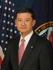 English: Official image of Secretary of Veterans Affairs Eric Shinseki