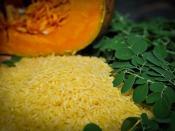 Golden Rice grain with beta carotene-rich foods GN7_0892-24