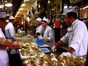 English: Bakdash ice-cream shop in the old souk in Damascus. Svenska: Bakdash glasskafé i basaren, i gamla stan i Damaskus.