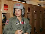 English: This is Nick Lachey(yes, Jess Simpsons' hubby) when they came to Ramstein AirBase, back in April. Português: Este é Nick Lachey (sim os ex-marido da Jessica Simpson) quando ele veio de volta à base aérea de Ramstein em Abril.