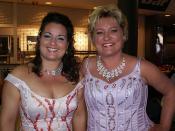 Hanneke Roggen, Karin Haine Before the concert in Melbourne