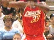 English: Jumaine Jones inbounding the ball