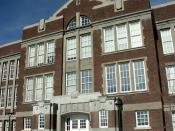 English: Old Main building of old Albuquerque High School in Albuquerque, New Mexico, USA. Photo by User:camerafiend.