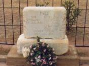 Tombstone at Billy the Kid's grave, Fort Sumner, New Mexico.