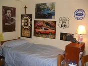 English: Here is an image of a typical freshman dorm at Saint Anselm College