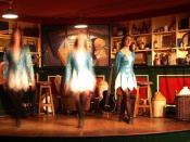English: Irish girl step dancing at a Jamesons' bar in Dublin, Ireland.