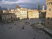 The Piazza della Signoria is one of many Florentine squares along the course of the marathon.