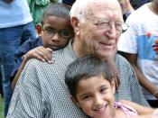 English: William H. Gates Sr., visits the Naz Foundation's care centre for HIV Positive children, The Naz Foundation (India) Trust (NI) is a New Delhi based NGO working on HIV/AIDS and Sexual Health since 1994.