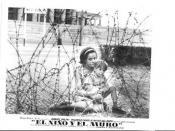 Español: El Niño y el Muro