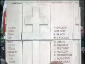 English: A photography of the 35 French Resistance Martyrs' marble wall in the Bois de Boulogne, Paris, France. The 35 were assassinated by the Germans on August 16 1944 during the Liberation of Paris. May 16 2007.