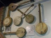 English: Display of banjos from around the Appalachian region at the Museum of Appalachia in Norris, Tennessee, USA. This display is in the