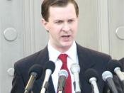 English: Actor Alex Staggs portrays Florida Supreme Court spokesman Craig Waters during the November 3, 2007, filming of the HBO movie