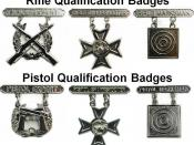 English: Marine Corps Weapons badges