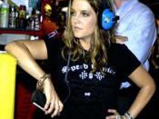 Jackson married Lisa Marie Presley, daughter of Elvis Presley, in 1994.